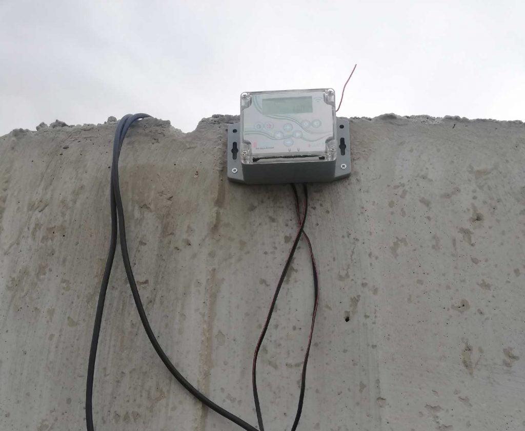 Pilli havuz seviye tespit sensörü-iki kademe